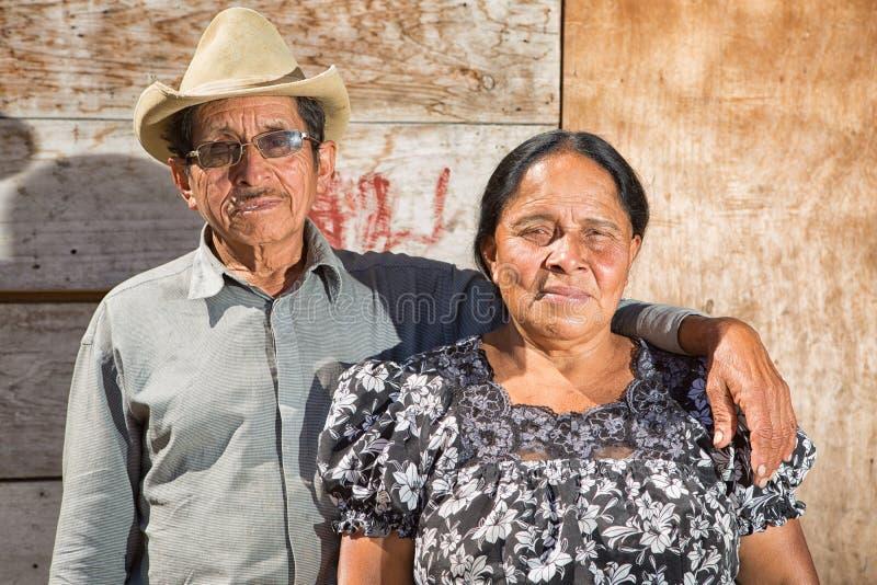 Майяский портрет человека и женщины стоковое фото