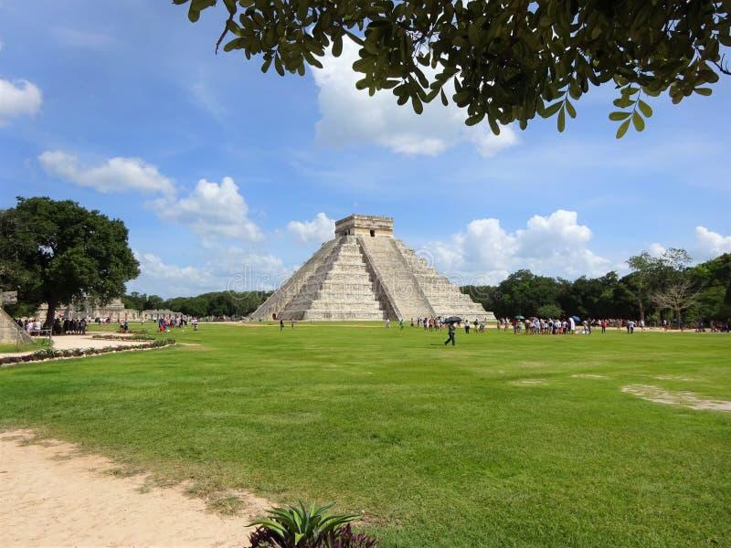 Майя виска Chichen Itza в Юкатане стоковые изображения rf