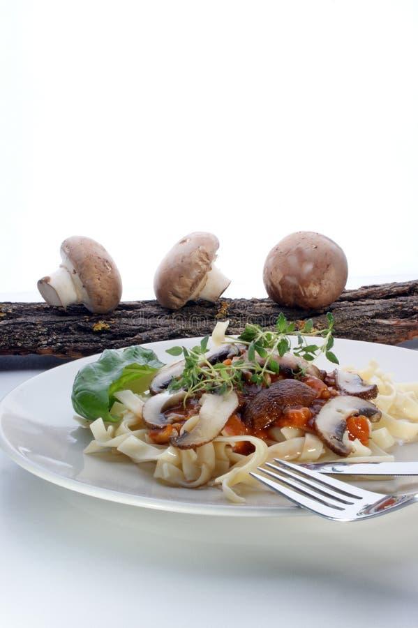 макаронные изделия гриба мяса стоковое изображение
