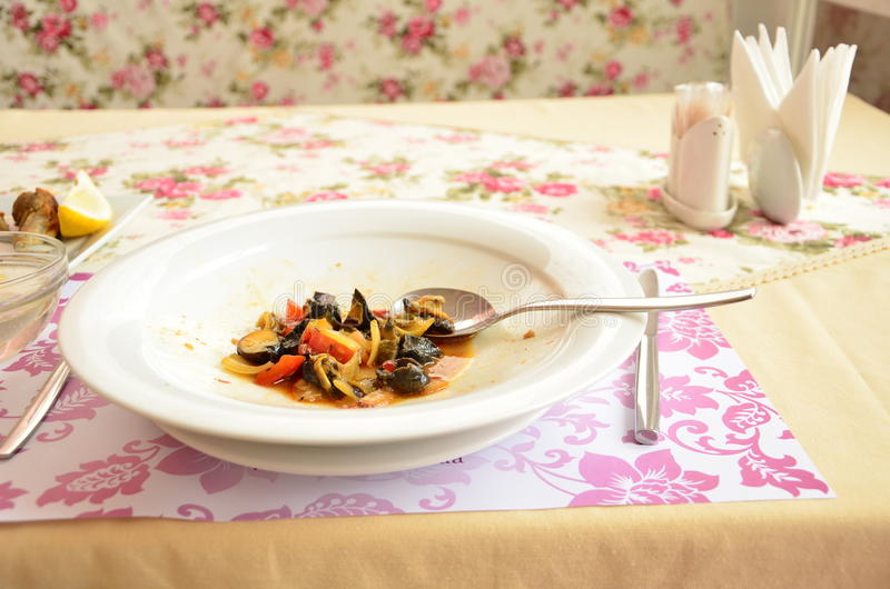 Макаронные изделия блюда морепродуктов очень вкусные стоковая фотография