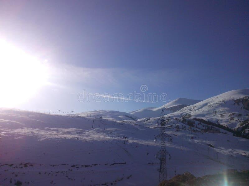 македония shapka зимы солнечного дня стоковое фото rf