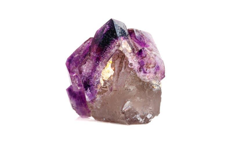 Макроса минеральный каменный аметиста кварц совместно закоптелый, rauchtopaz на белом конце предпосылки вверх стоковое изображение