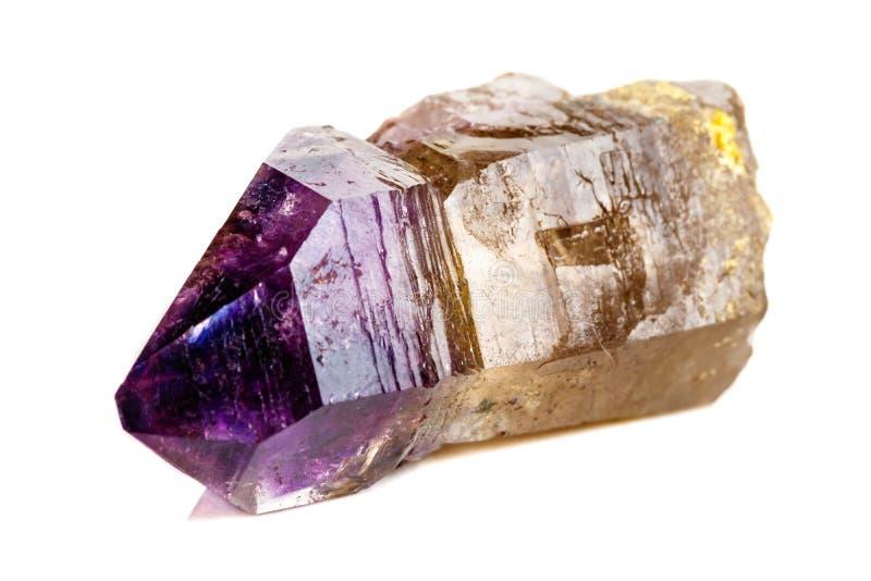 Макроса минеральный каменный аметиста кварц совместно закоптелый, rauchtopaz на белом конце предпосылки вверх стоковое фото rf