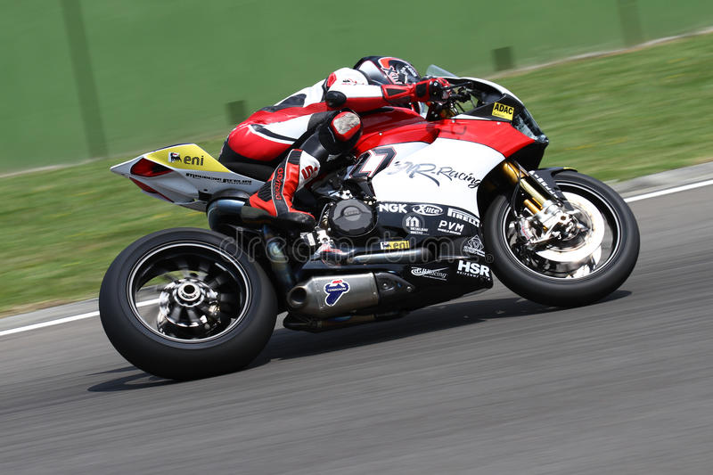 Макс Neukirchner #27 на Superbike 1199 Г-н-гонок Ducati Panigale r WSBK стоковое изображение rf