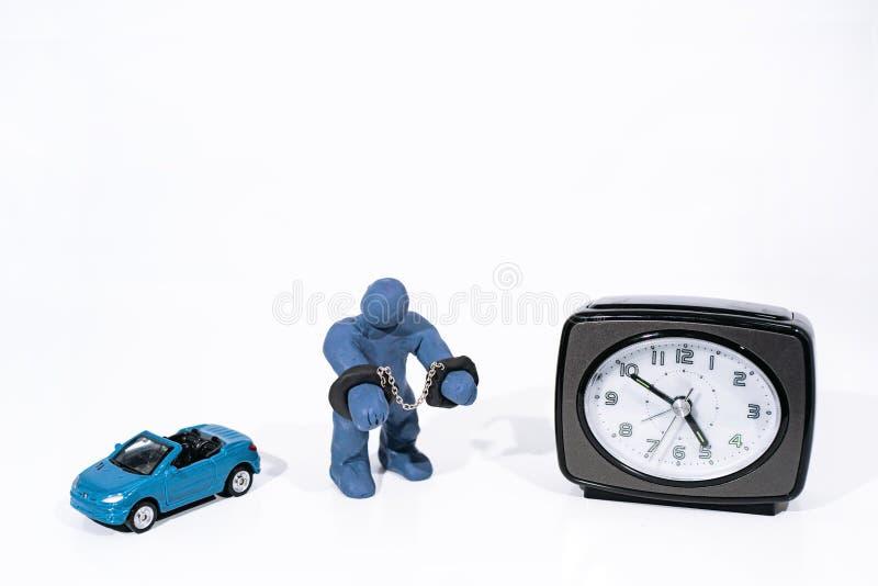 Малая голубая диаграмма в наручниках Сделанный от глины игры стоковое фото
