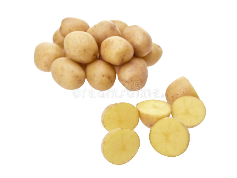 маленькие patatoes отрезали желтый цвет стоковое фото rf