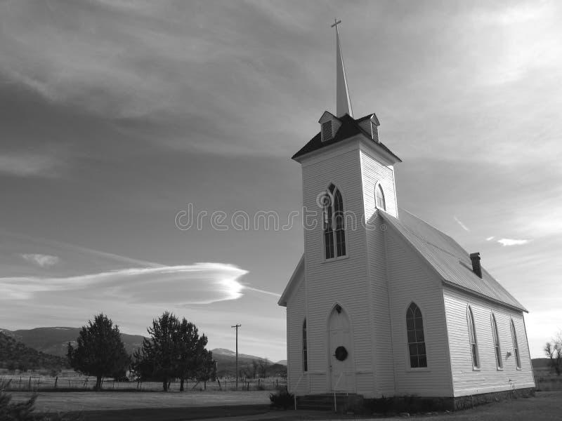 маленький город церков сельский стоковое фото