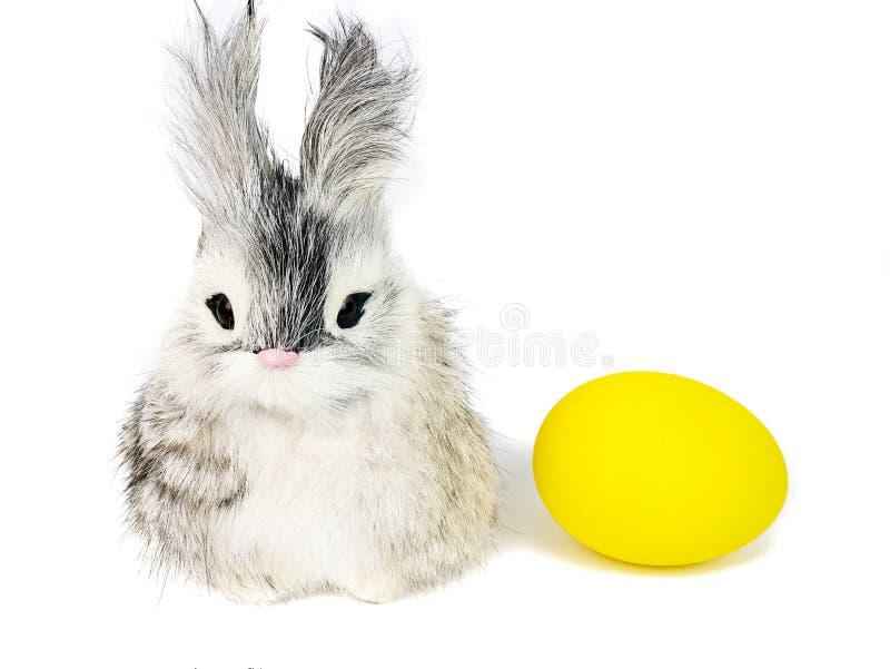 маленький кролик и яичко эстера стоковая фотография rf
