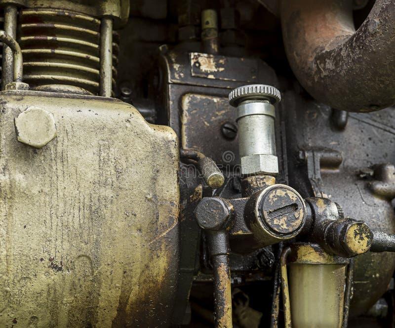 Малый насос для подачи топлива руководства трактора стоковое фото rf