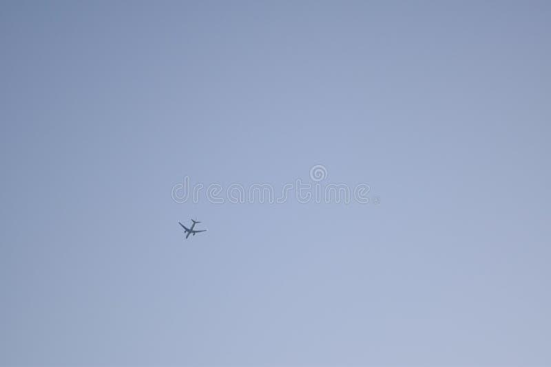 Малый самолет в небе стоковая фотография rf