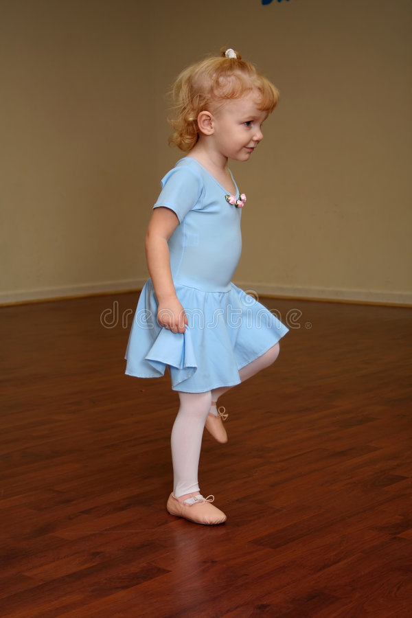малыш балерины стоковые фото