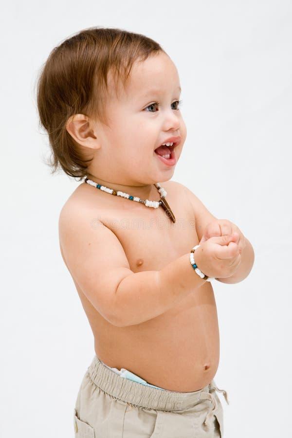 малыш мальчика топлесс стоковое изображение rf