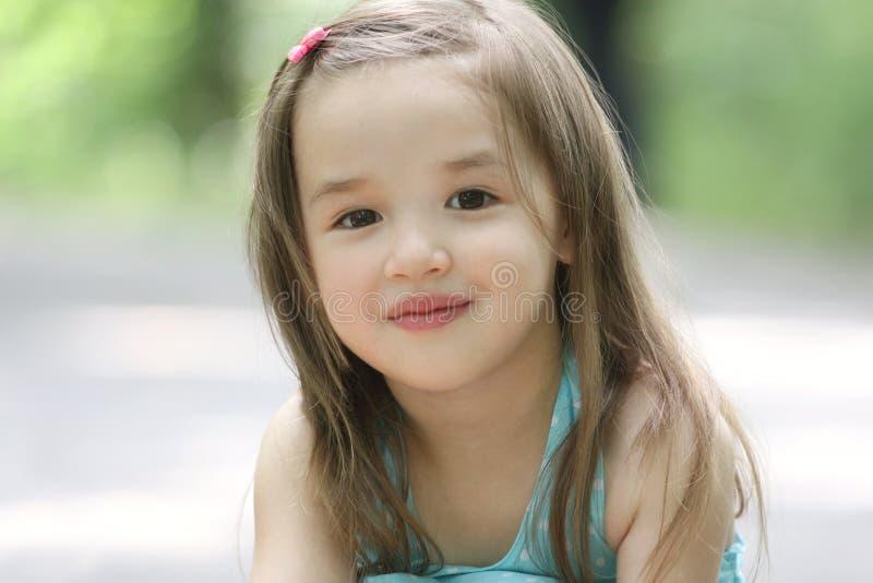 малыш милой девушки маленький стоковое изображение