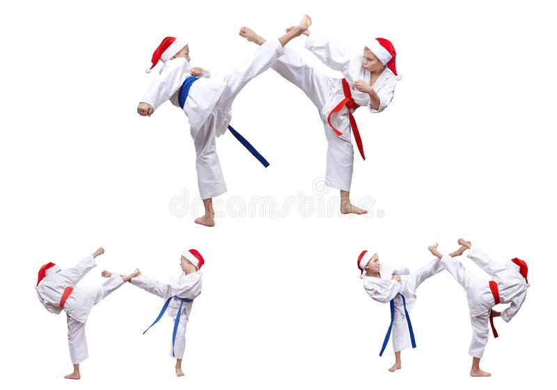 Мальчики коллажа в крышке Санта Клауса бьют ногу пинком стоковая фотография rf