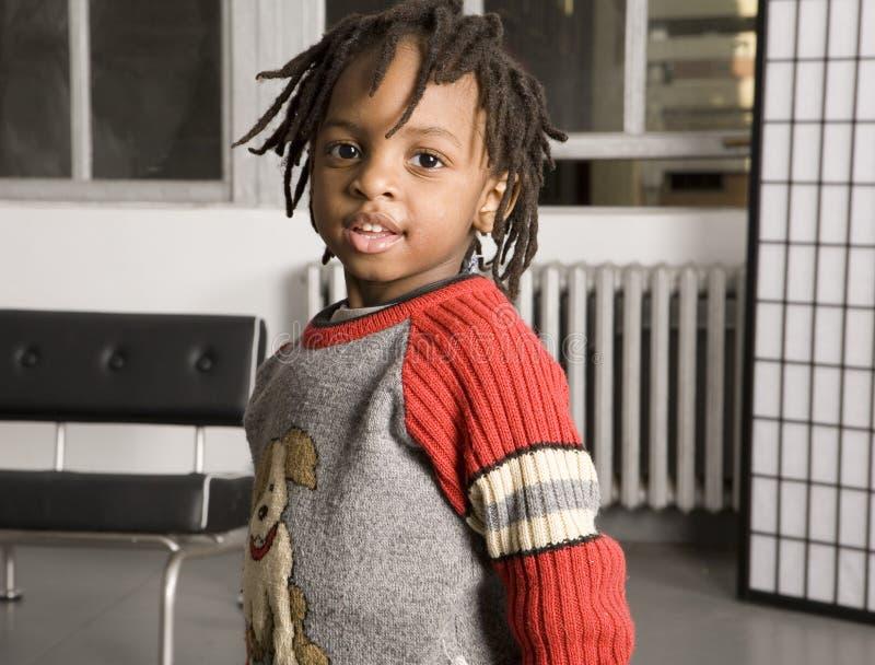 Download мальчик немногая сладостное Стоковое Изображение - изображение насчитывающей привлекательностей, черный: 477681