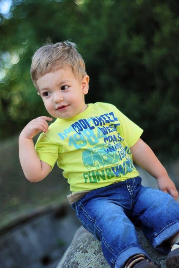 мальчик happly немногая стоковое фото rf