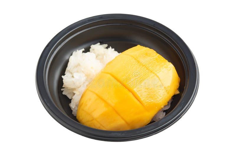 Манго с липким рисом на белой предпосылке стоковые изображения rf