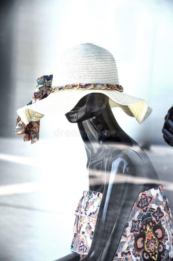 Манекен в окне магазина в капитолии Майорки стоковая фотография rf