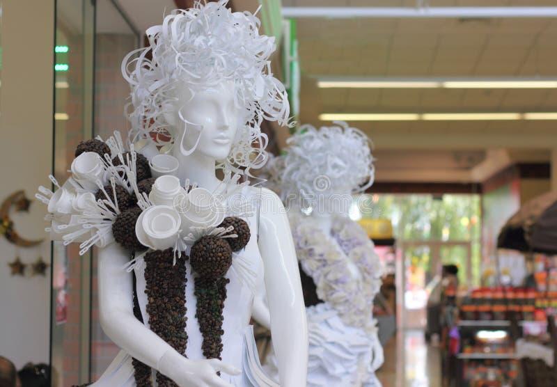 Манекен в торговом центре стоковая фотография rf
