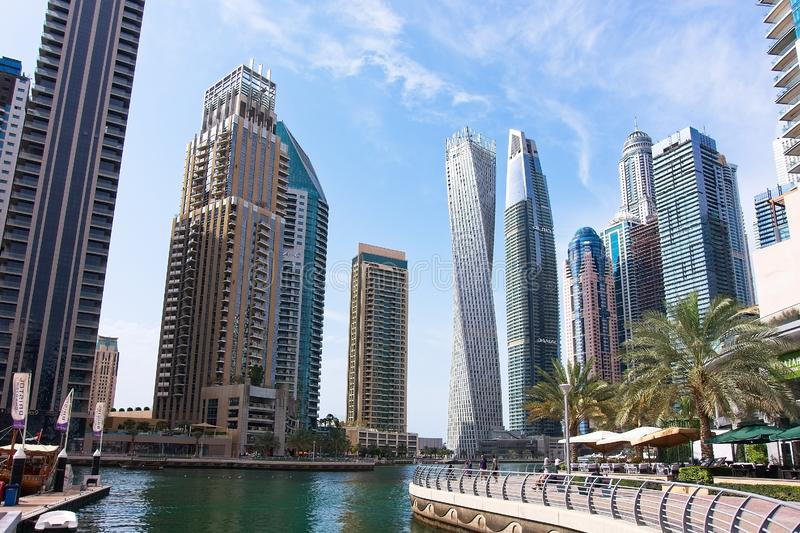 Марина в летнем дне, ОАЭ Дубай стоковые фотографии rf