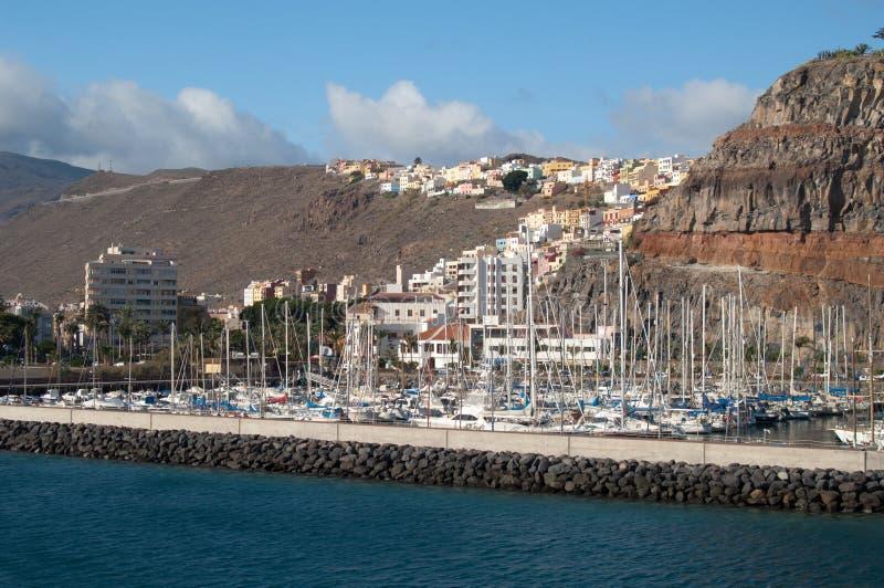 Марина и городской пейзаж яхты стоковое изображение rf