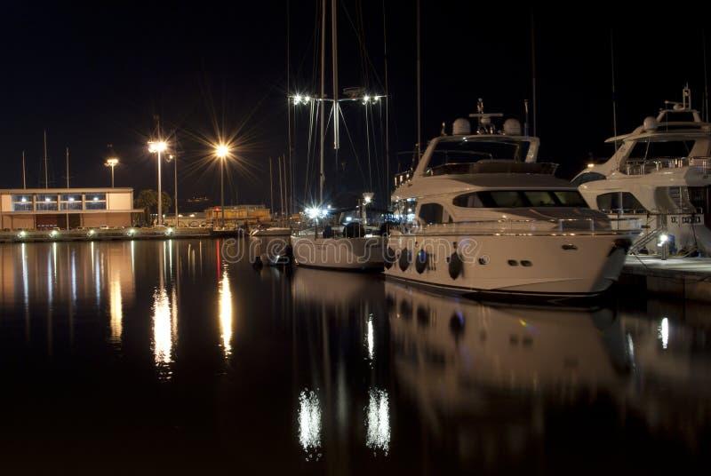 Марина Кальяри Nightview лета стоковая фотография