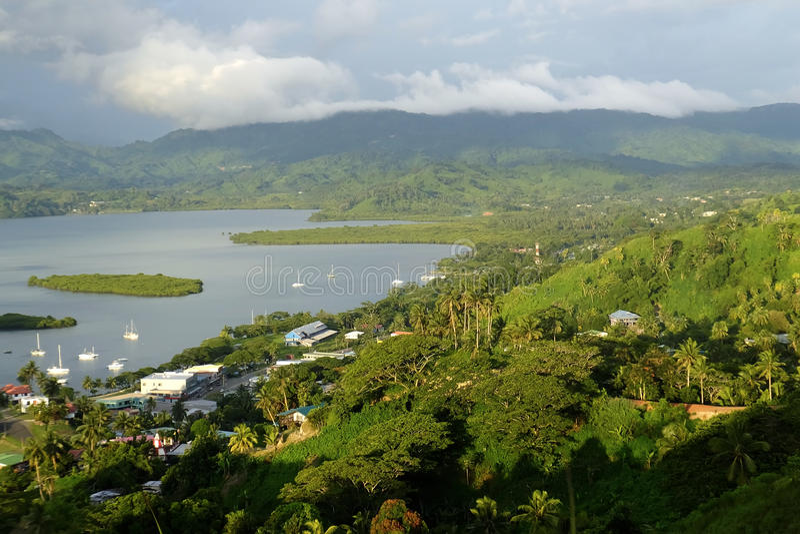 Марина Savusavu и островок Nawi, остров Vanua Levu, Фиджи стоковые изображения