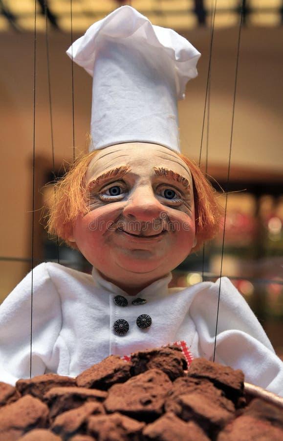 Download марионетка Maitre Бельгии Bruxelles более Chocolatier Стоковое Фото - изображение насчитывающей шоколад, играть: 18398148