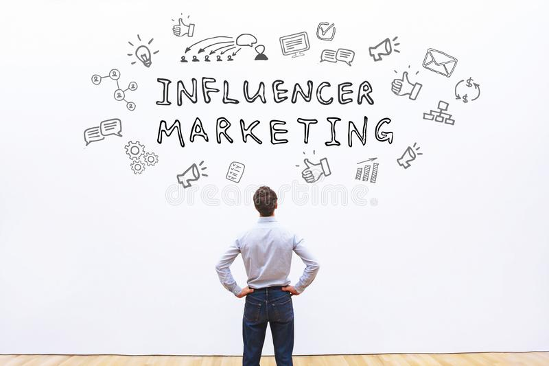 Маркетинг Influencer стоковое фото