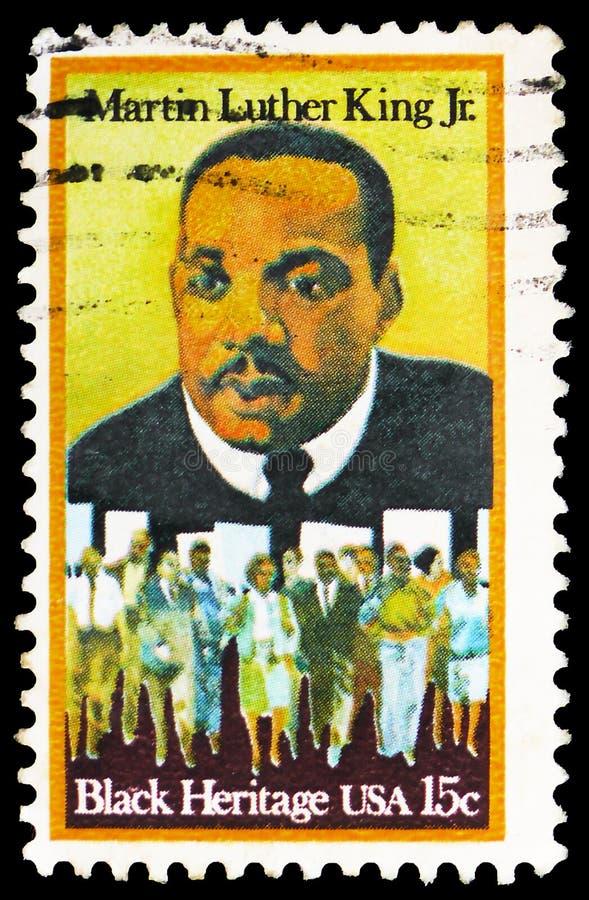 Мартин Лютер Кинг, младший и участники марша прав граждан, черное serie серии наследия, около 1979 стоковые изображения