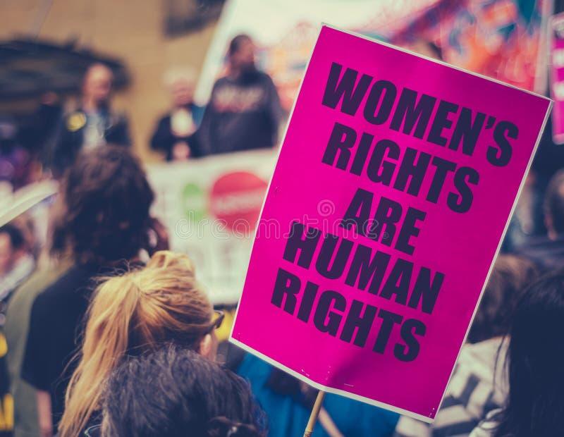 Март 2017 женщин стоковое изображение rf