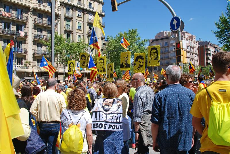 Марш политики Llibertat Presos Барселона -го, стоковая фотография rf