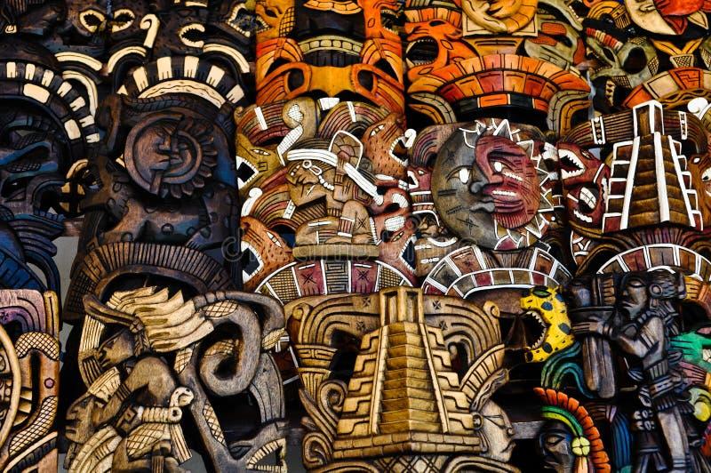 маскирует майяское сбывание деревянное стоковое изображение