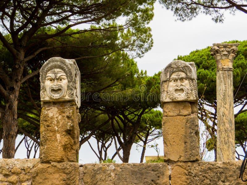 Маски римского театра, Остия-Антика, Рим, Италия стоковое изображение