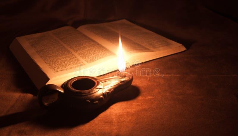 масло светильника библии стоковые изображения rf