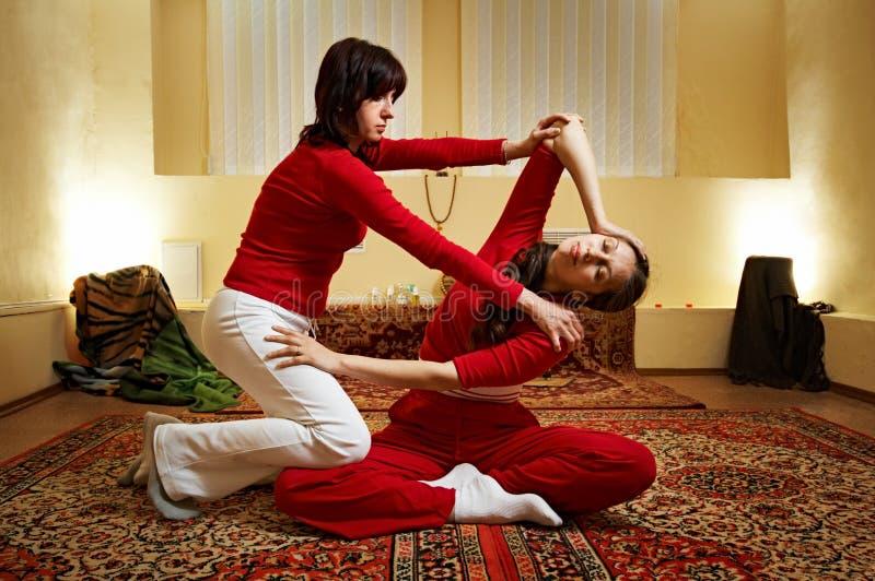 массаж тайский стоковая фотография rf