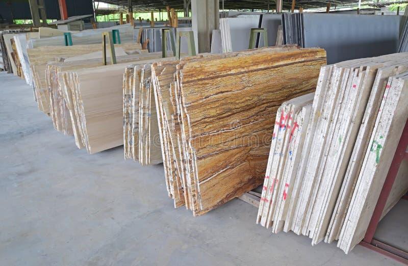 Массив различных естественных камней в складе стоковые фотографии rf