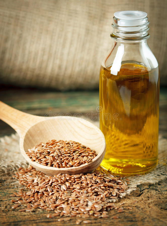 Масло льняного семени стоковые изображения rf