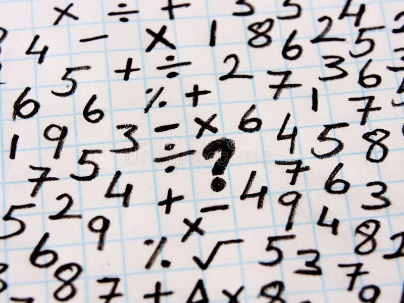 Математически символы и решение проблем стоковые изображения rf