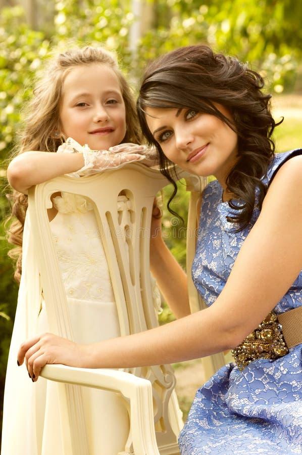 Мать и дочь стоковые фото