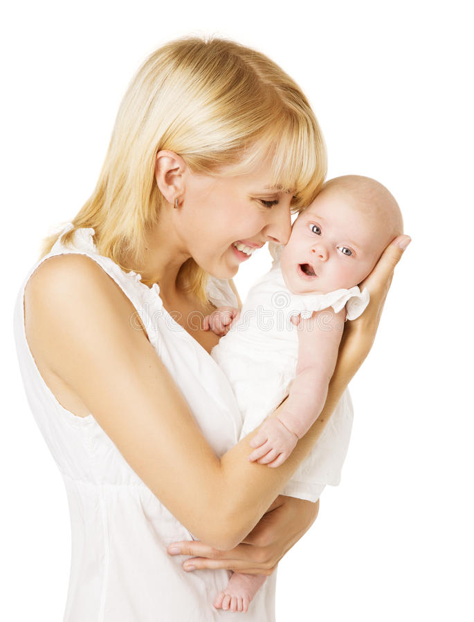 Мать и Newborn младенец, счастливая женщина держа дочь o новорожденного стоковое изображение rf