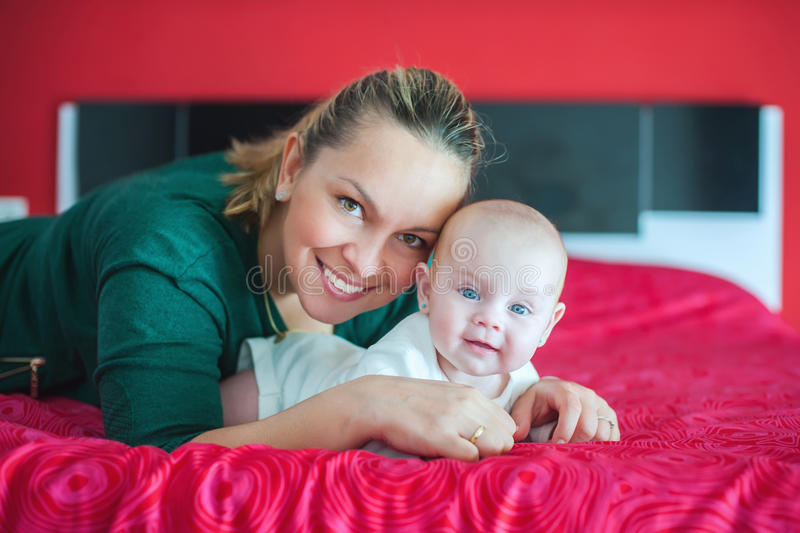 мать дочи младенца стоковое изображение