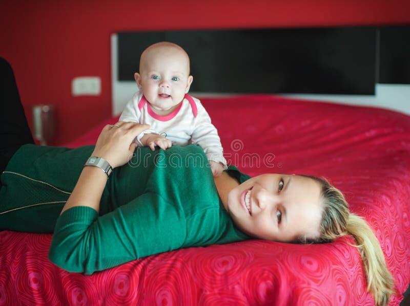 мать дочи младенца стоковое фото