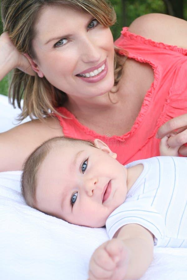 мать ребенка ребёнка стоковые изображения