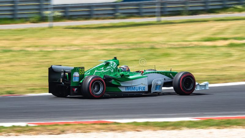 Машина Jaguar R5, Формула 1 стоковая фотография rf
