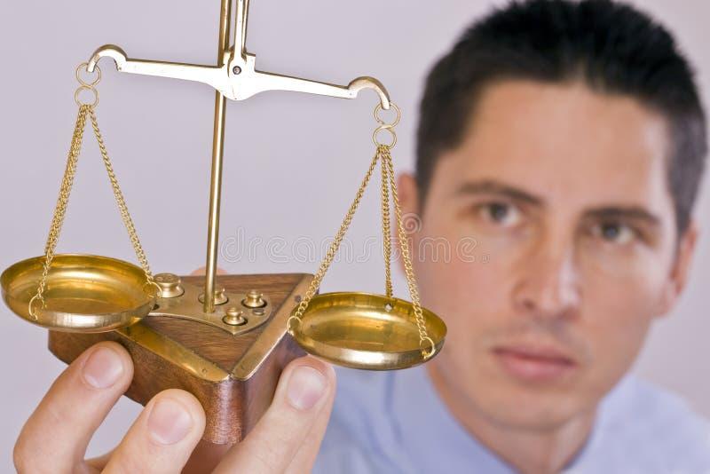 маштаб правосудия стоковое изображение
