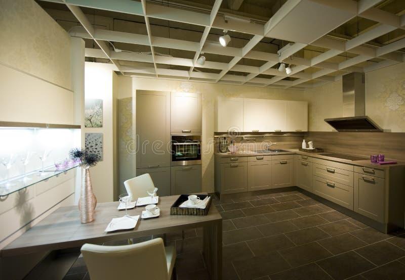 маштаб 11 кухни самомоднейший новый стоковые фотографии rf