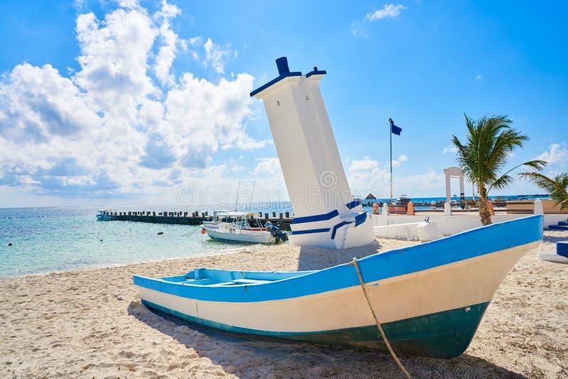 Маяк Puerto Morelos старый изогнутый стоковое изображение