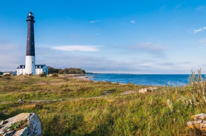 Маяк Sõrve в острове Saaremaa на прибалтийском побережье, Эстонии стоковые фото