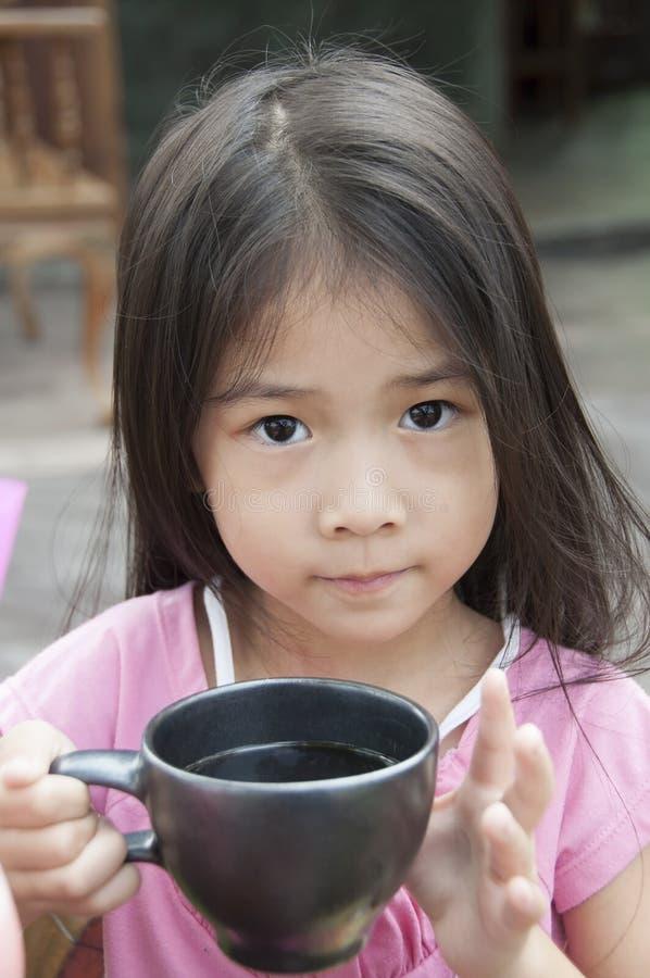 Маленькая азиатская девушка. стоковая фотография rf